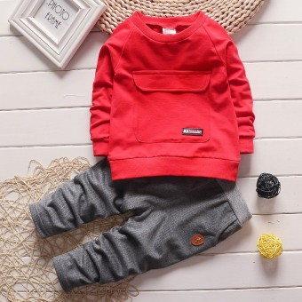 Harga Boy's 2-piece Sweatshirt and Pants Set (Red) - intl