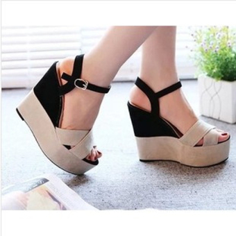 Harga QUEEN Wedges ON 02 Black Suede - Hitam