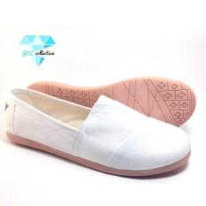 JRC-sepatu wanita flatshoes slip on jeans putih sejenis toms/wakai
