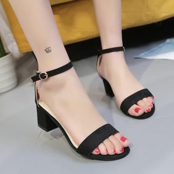 Korean-style A-line-buckle high-heeled shoes (Hitam)