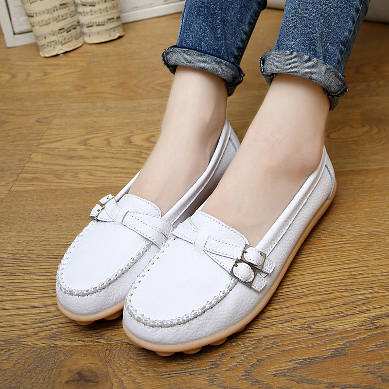 ... Lubang lubang kulit yard besar bernapas sepatu tunggal sepatu ibu Putih Four Seasons ganda