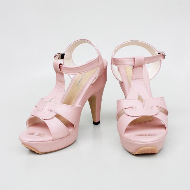 PENIZA BIG HELLS SILKI PUTIH. Source · Marlee Hells T-Strap Blush Pink .