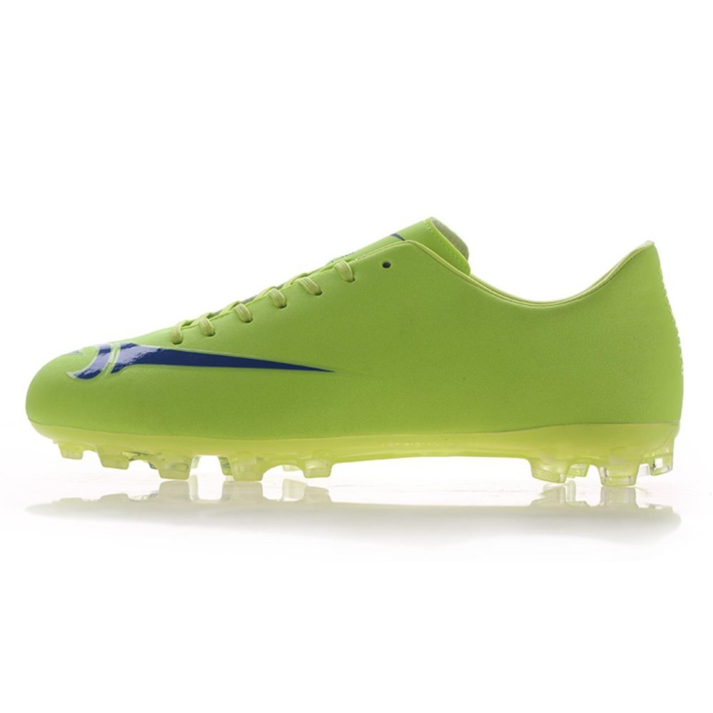 Flash Sale New Pattern Man Spikes Football Shoes Long Spikes Soccer Shoes NailBreathable Football Shoes Professional Male Soccer Sneakers - intl