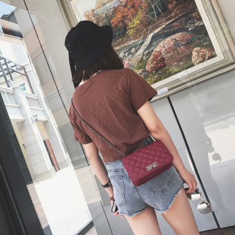Quilted Korea Fashion Style Wanita Baru Tas Bahu Sederhana Tas Tas (Merah) ( Merah