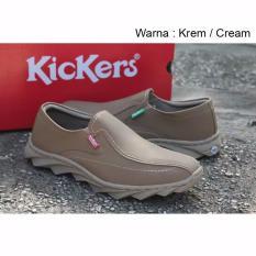 Sepatu Casual Slip On Kickers Milano