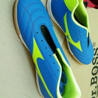 harga Sepatu Futsal | Sepatu mizun Lazada.co.id