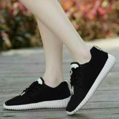 Sepatu Kets Sneakers dan Kasual - Hitam Sol Putih