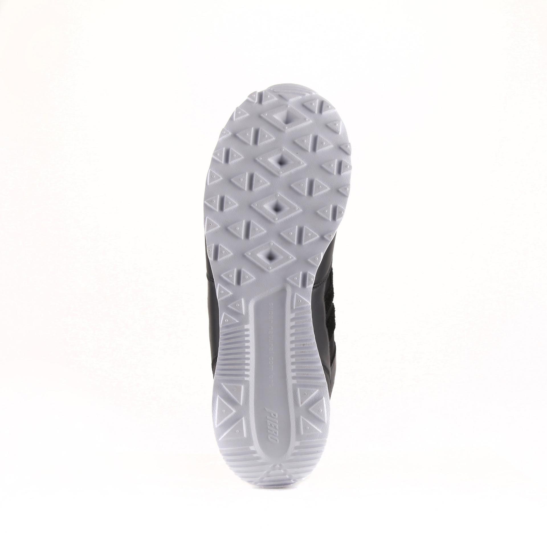 Anggaran Terbaik Sepatu Running Piero P20064 Jogger Hitam Putih Sneakers Eva Trainer Dark Pack