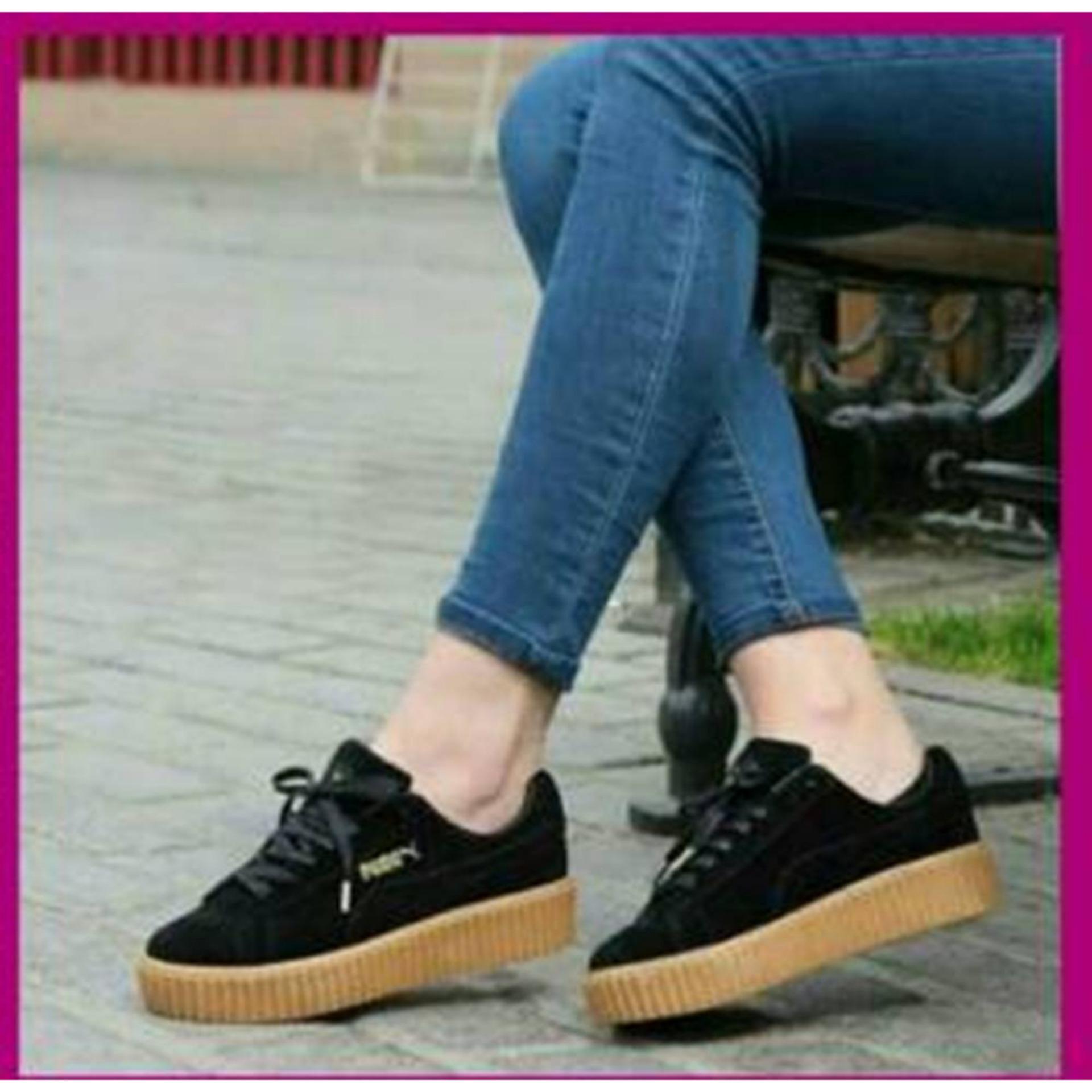 Sepatu Sneakers Wanita AT 12 Black