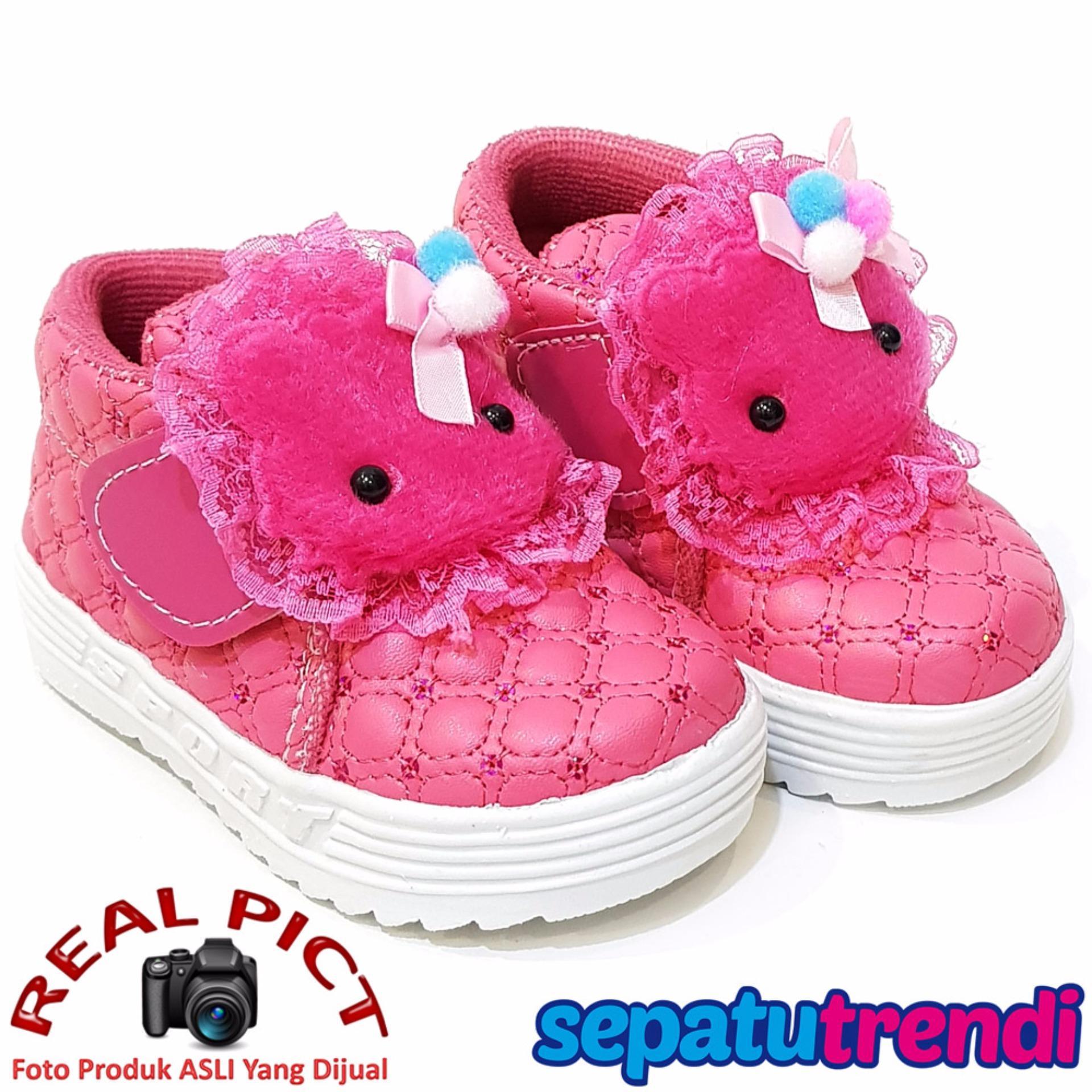 ... TrendiShoes Sepatu Anak Bayi Perempuan Semi Boot Boneka SBNK - Fuchsia  ... fe97ee8998