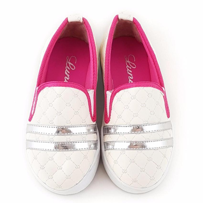 TrendiShoes Sepatu Anak Perempuan SlipOn Elegan 07RD - Putih .