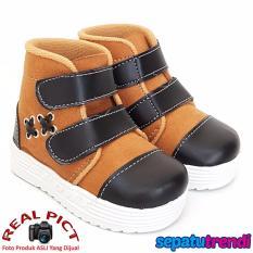 Flash Sale TrendiShoes Sepatu Anak Bayi Cowo Velcro Boomerang RDCNIK ... 9b8d4243ed