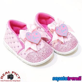 TrendiShoes Sepatu Bunyi Slip On Anak Bayi Perempuan Pita Love 031ILU - Pink