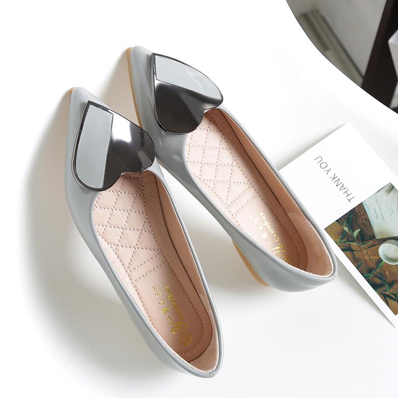 Versi Korea dari hitam baru musim panas sendok sepatu menunjuk sepatu flat ( Abu-abu