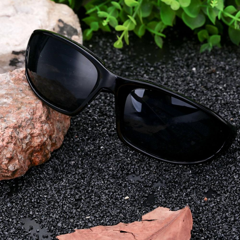 Aukey NEW Wind Resistant Light Proof Sunglasses Extreme Sports Motorcycle Riding - intl