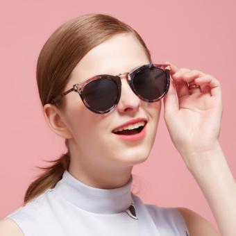 beli 1 gratis 1 Freebie  AORON Fashion kacamata wanita desain klasik  perlindungan UV400 kacamata 11c6d69c13