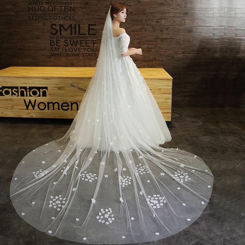 Gaun pengantin ekor panjang renda jilbab pengantin jilbab kerudung. Source · Korea baru renda lembut