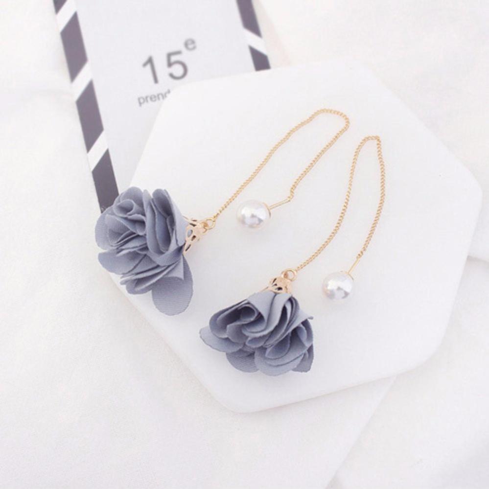 LRC Anting Gantung Elegant Gray Flower Shape Decorated Simple Long Chain Earrings .