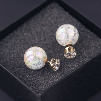 Membeli Zirkon Shell Warna Mutiara Anting