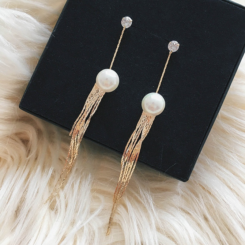 Flash Sale S925 Eropa dan Amerika perempuan hypoallergenic mutiara rantai telinga rumbai anting